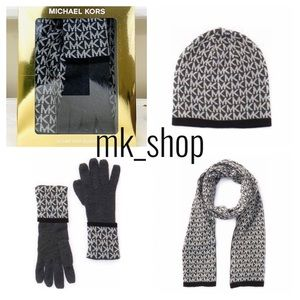 Michael Kors Logo Hat Gloves & Scarf Gift Set